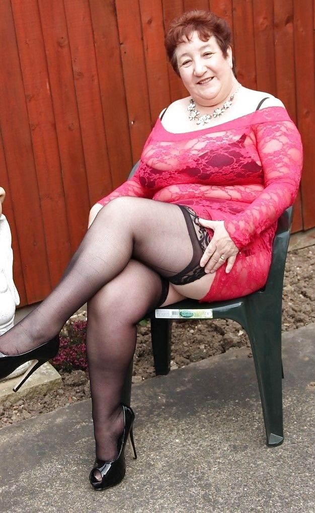 Grandma In Pantyhose 107