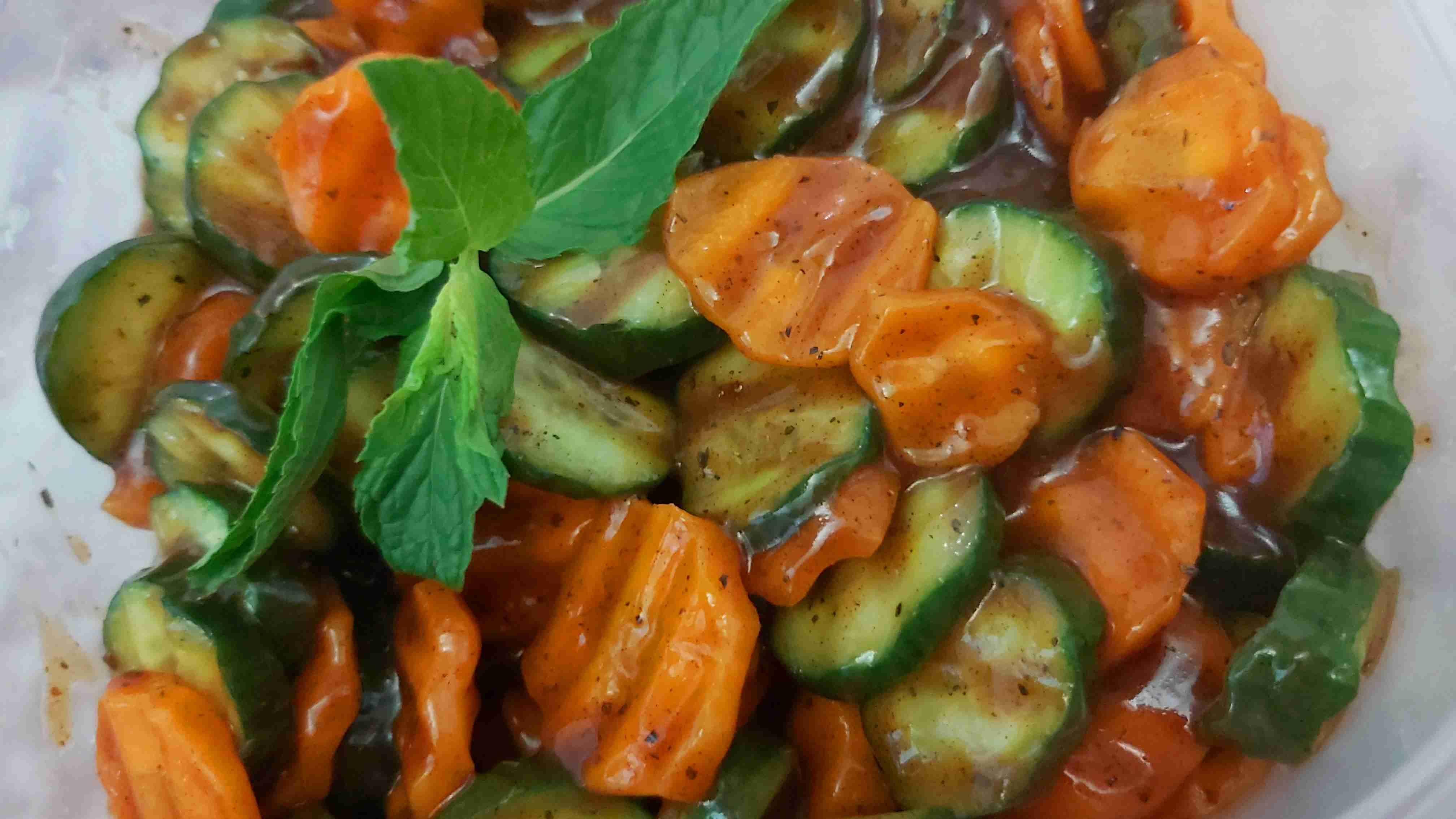 مقبلات الخيار والجزر كثير طيبة ملكة رمضان زاكي Recipe Stuffed Peppers Food Vegetables