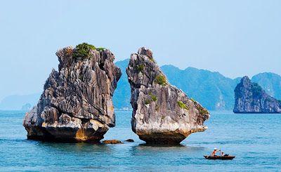 Hòn Trống Mái - Vịnh Hạ Long