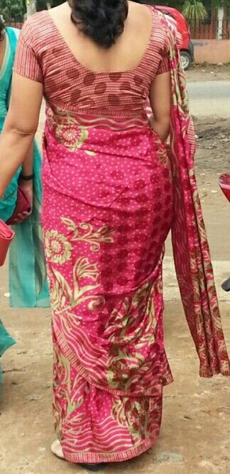 Pin By Cyber On Hot Bhabhi S Back Hq Pinterest Saree