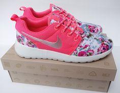 size 40 8666d e939c Over Half Off Nike Roshe Run Floral 2015 Flower Hyper Pink Metallic Silver