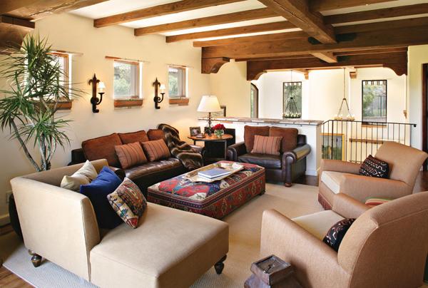 Gorgeous Homes Featuring Kilim-Inspired Designs   Kilim ottoman ...