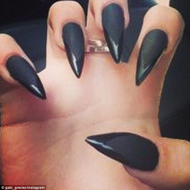 long sharp black nails | Beauty | Pinterest | Black nails