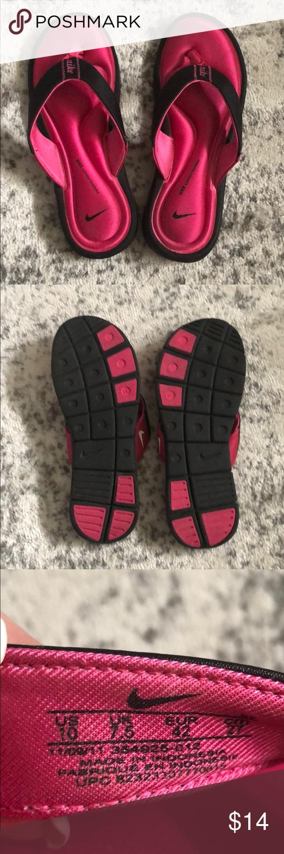 nike squishy flip flops