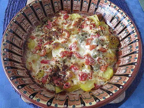 Kartoffel - Paprika Pfanne mit Käse überbacken