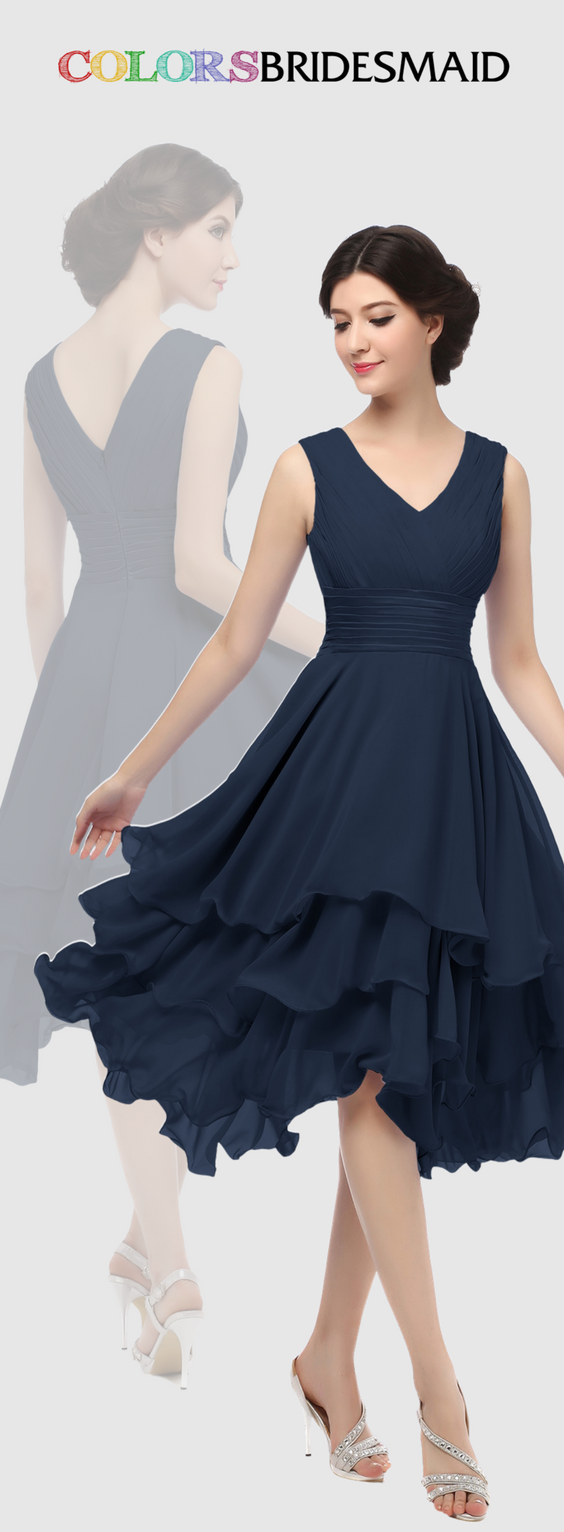 This short chiffon navy blue bridesmaid dress with tiered ruffles