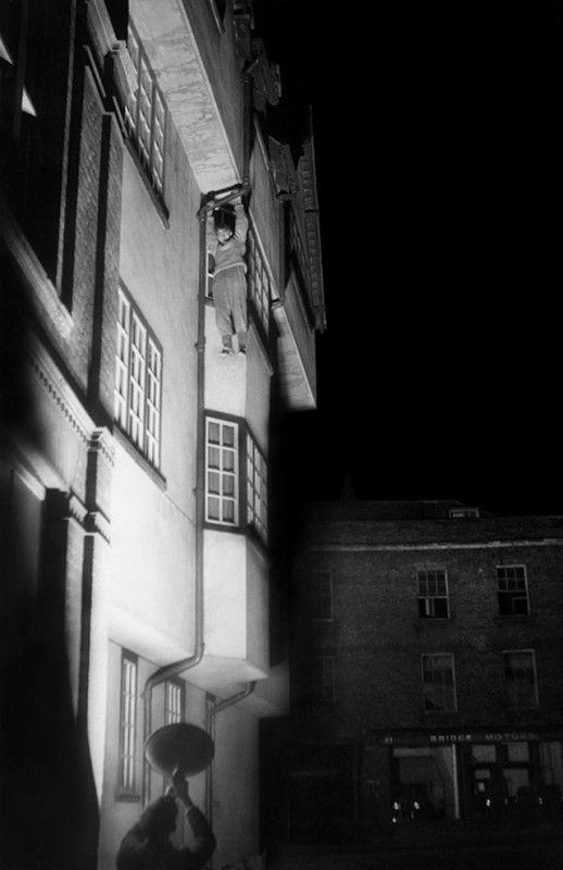exploration-urbaine-ancienne-cambridge-nuit-etudiant-07