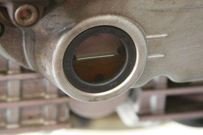 Hasil gambar untuk oil check motorcycle