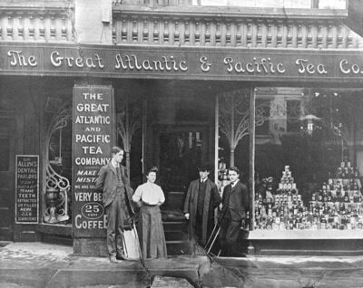 The First Chain Store: One of the first companies to challenge the public  market format was the Great Atl… | Tea companies, Vintage coffee shops, Old  country stores