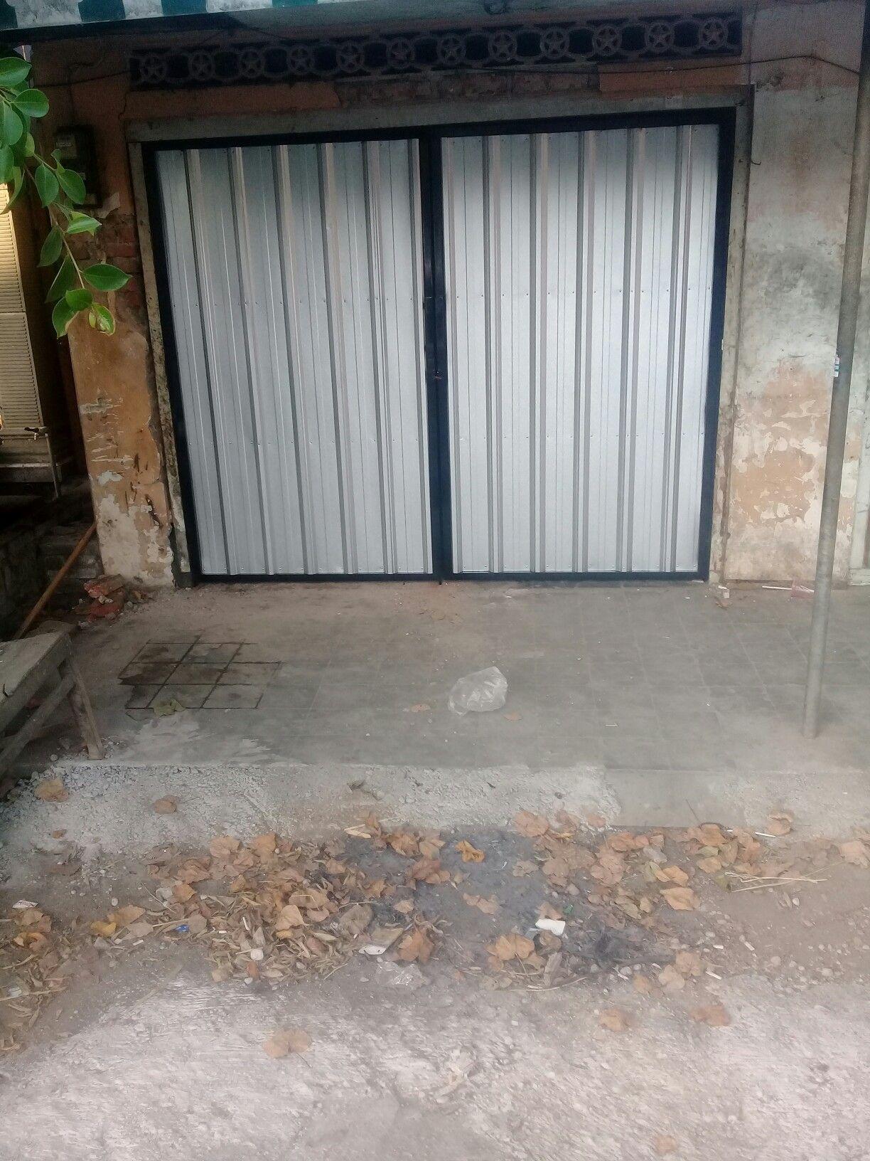 Contoh Pintu Garasi Besi - Desain Rumah Idaman
