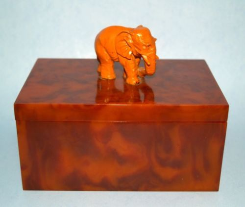 Authentic 1930s Deco Bakelite Catalin Hinged Jewelry Box Carved