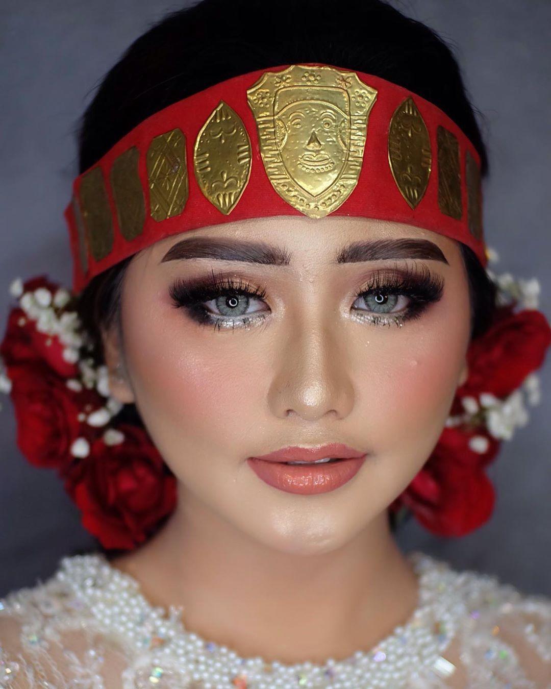 Makeup Pengantin Batak