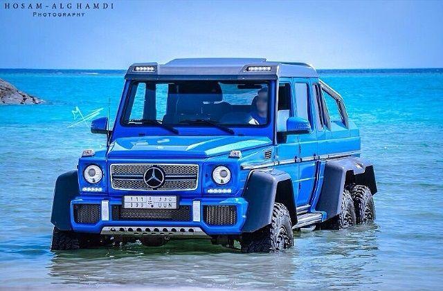 Blue Mercedes Benz G 63 Amg 6x6 In The Red Sea Dengan Gambar