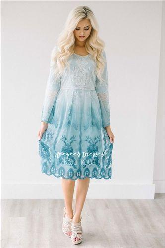 Wie kombiniere ich ein blaues Kleid mit Schuhen #Kleid #blauesKleid ...