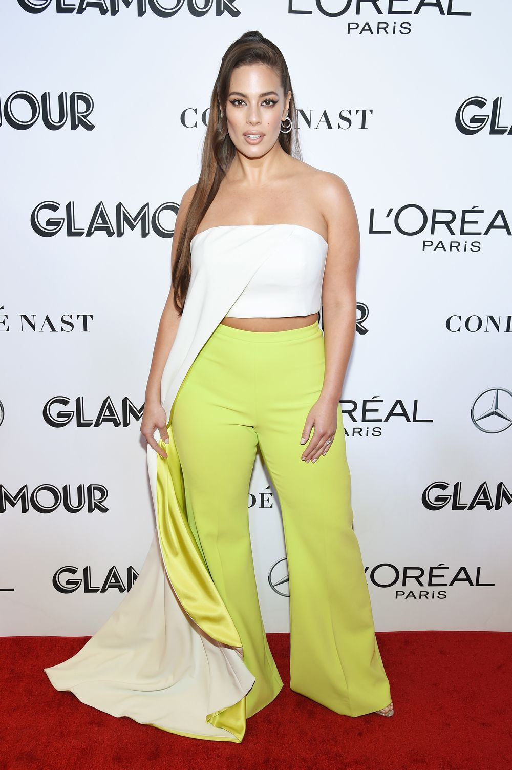 93c8417c738c Can we please appreciate Ashley Graham looking like an actual ...