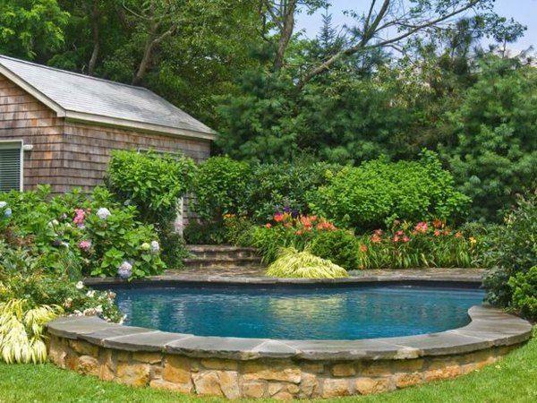 garten gestaltung pool stein rand landhausstil haus | garden ideas, Gartenarbeit ideen