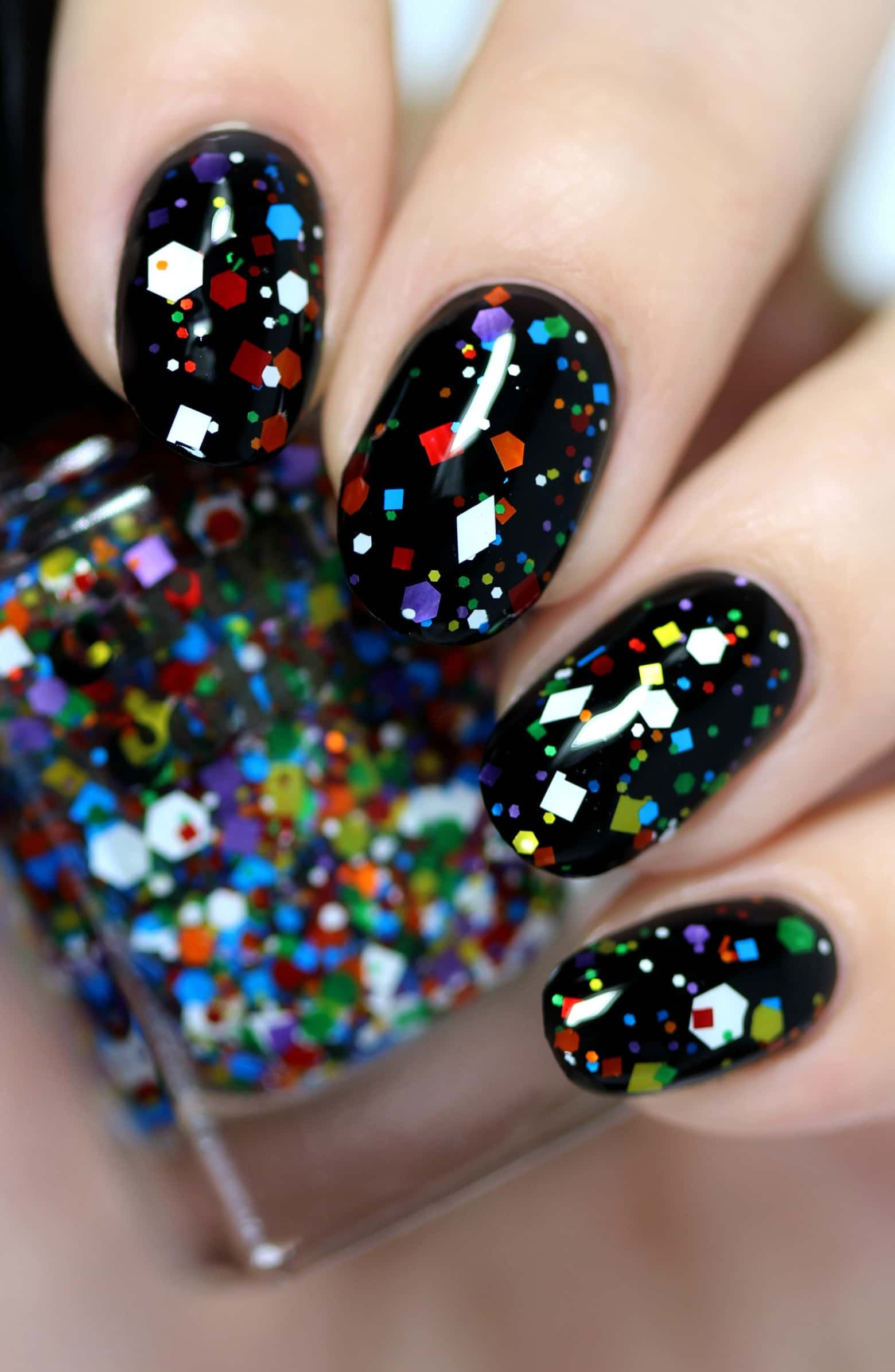 Festive nails for the holidays nail inspiration in