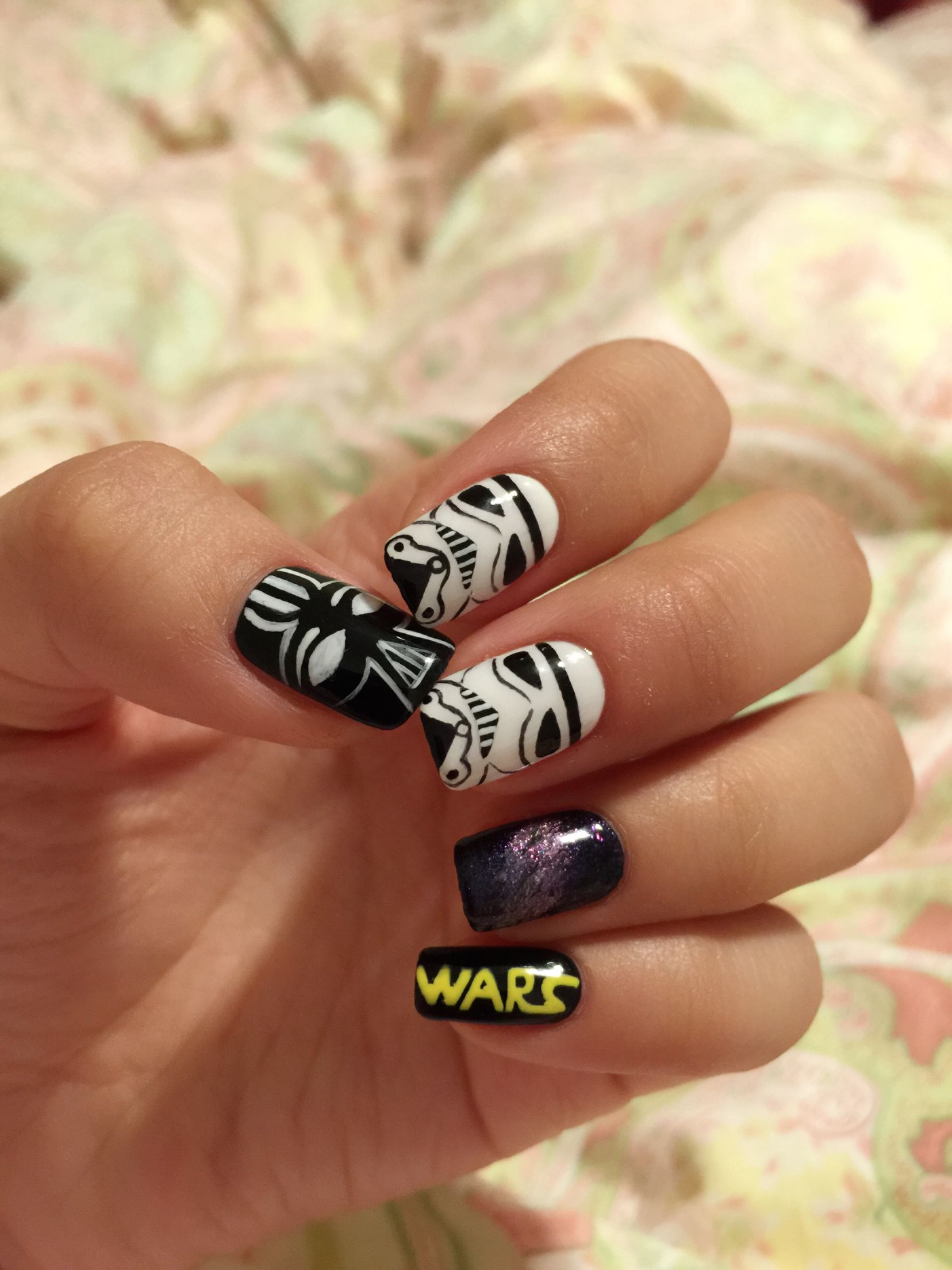 star wars nail art. Darth Vader & Imperial Stroomtrooper | me ...