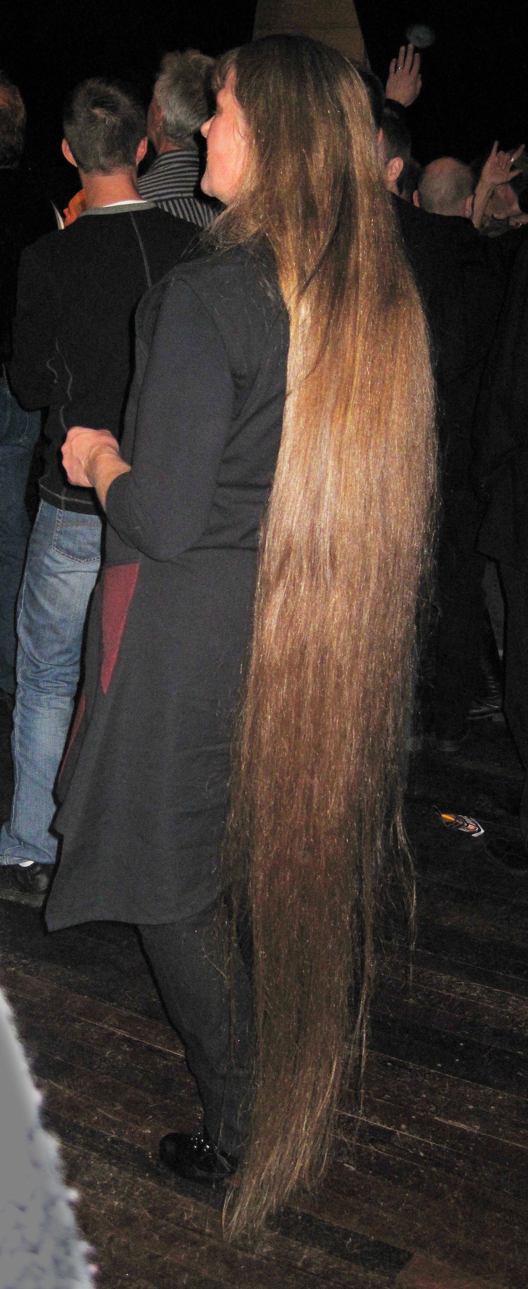 långt hår tik blond