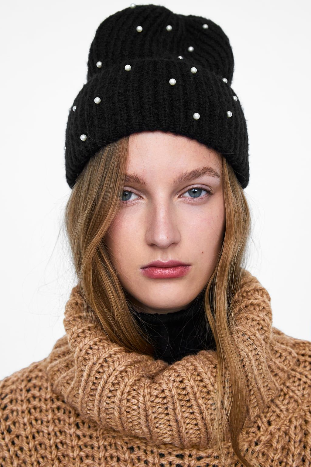 Image 3 of OVERSIZED HAT WITH FAUX PEARLS from Zara a73e3a08947a