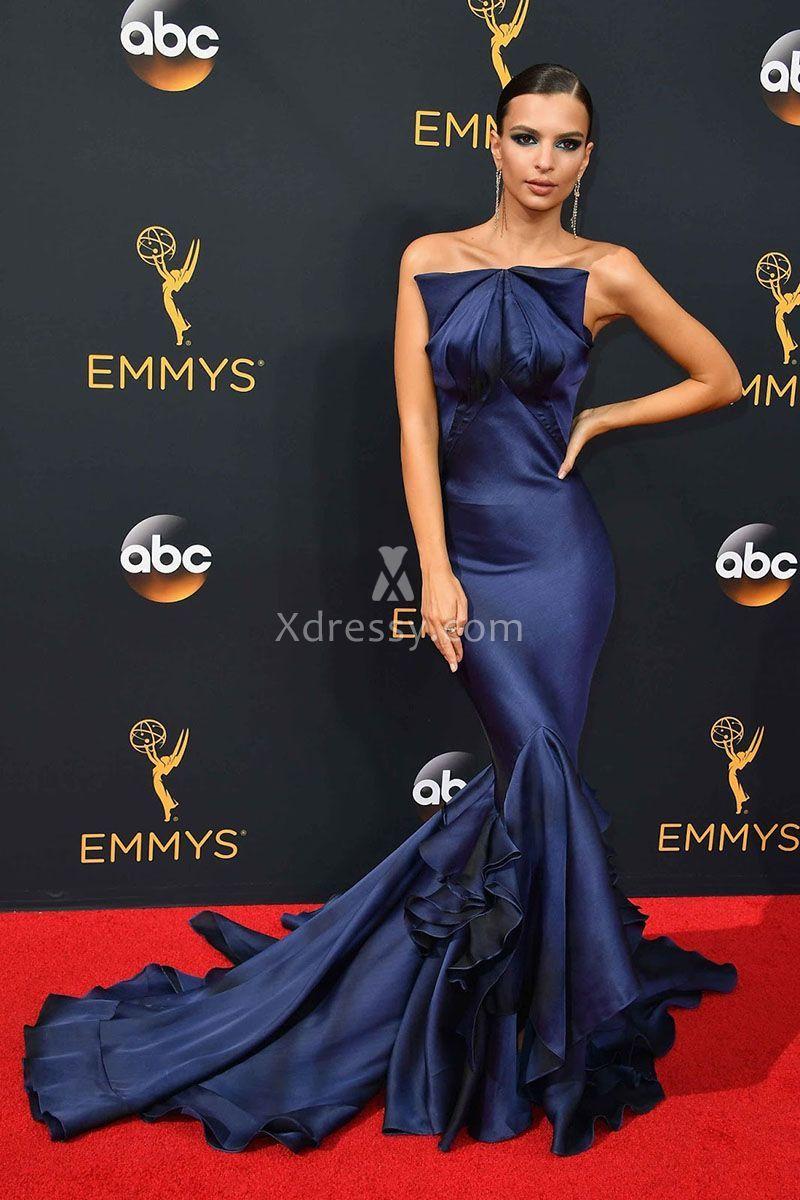 Emily ratajkowski unique navy blue ruffled strapless mermaid prom