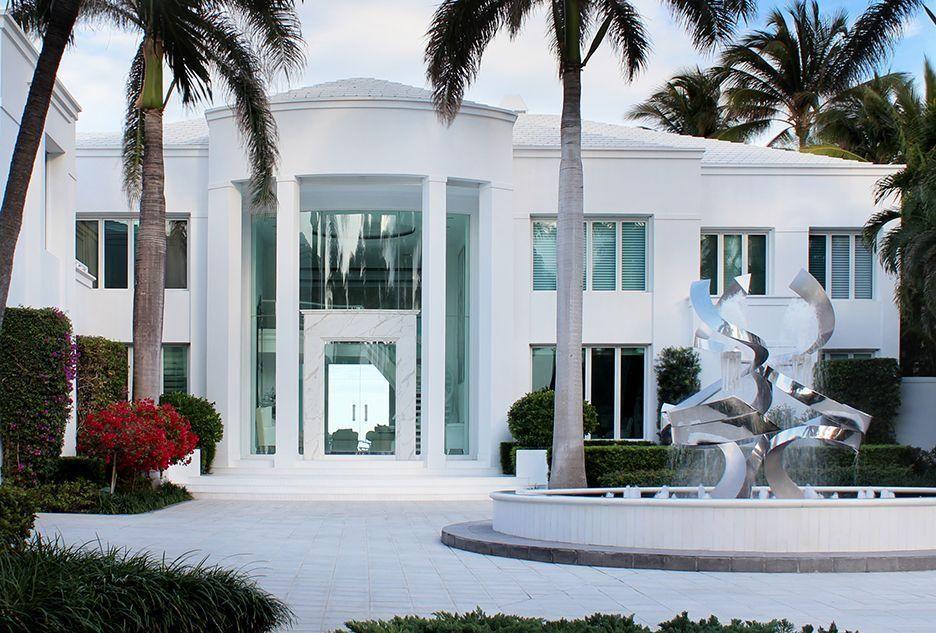 711 S Ocean Blvd Delray Beach Fl 33483 6 Beds 10 5 Baths Beachfront House Luxury Beach House Beachfront Homes For Sale