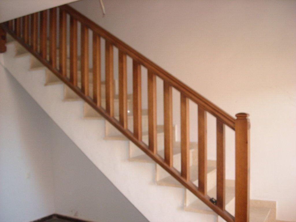 Barandilla escaleras escaleras pinterest barandillas escaleras escalera y casas de playa - Barandillas de madera para interior ...