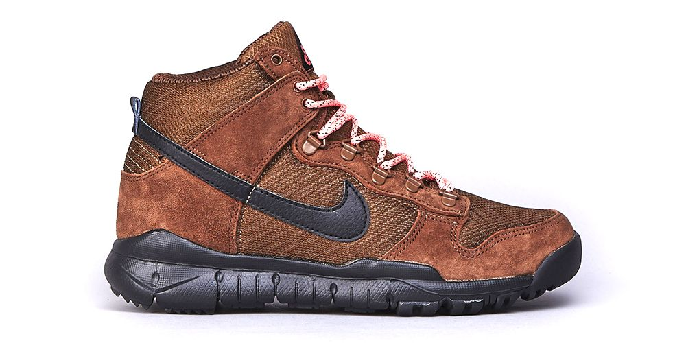 new style 0545a 298b8 For the cooler months ahead, Nike is releasing a new iteration of its Nike  SB Dunk High OMS.