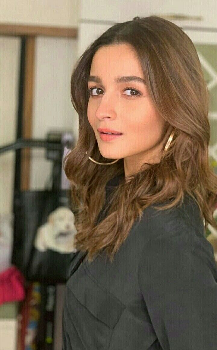 Pin By Mary Islam On Bollywood Beauty In 2019 Alia Bhatt Aalia