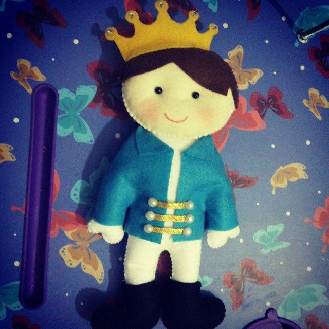 Príncipe lindoooooo #feltro