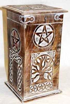 pagan #wicca #witchcraft #celtic #druid #tarot Pentagram & Tree