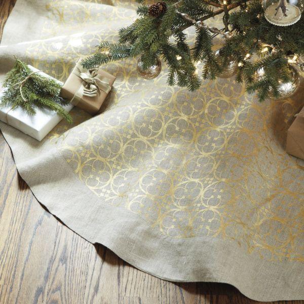 Quatrefoil Linen Tree Skirt