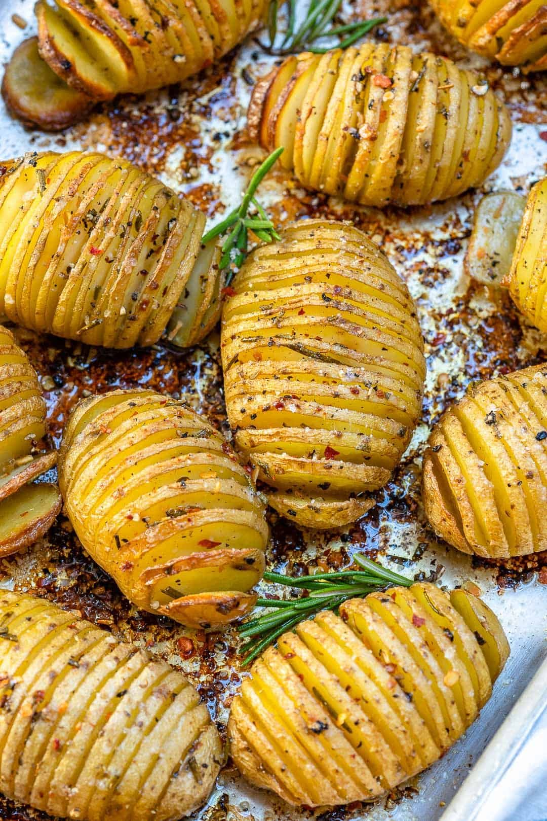 Photo of Garlic Butter Hasselback Potatoes