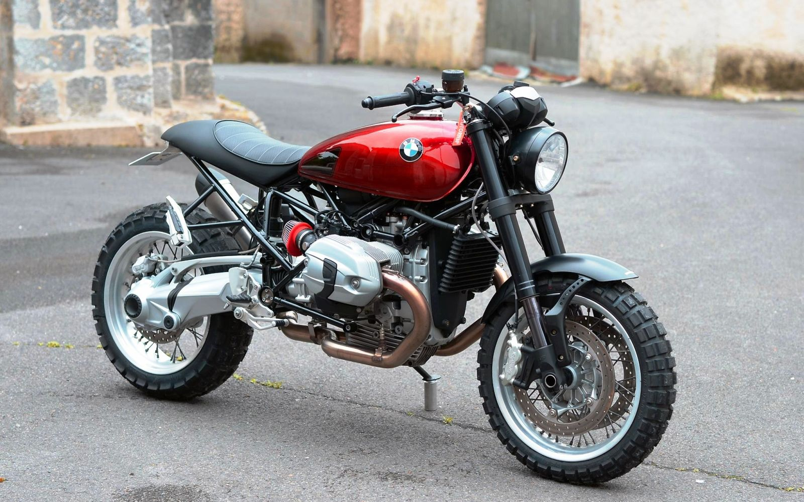 cafe racers, scramblers, street trackers, vintage bikes and much
