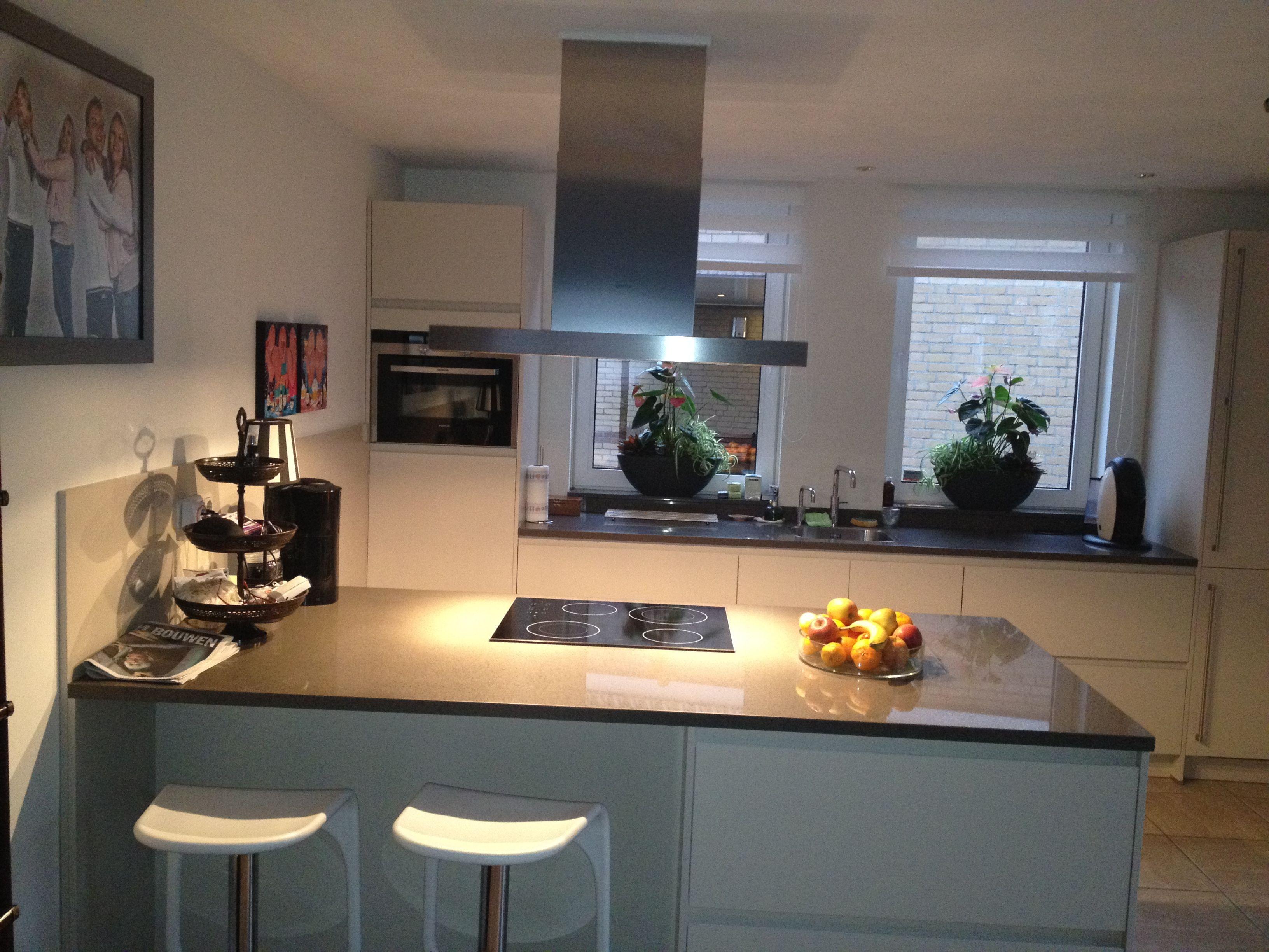 Keukeneiland T Opstelling : De meest voorkomende keukenopstellingen en voorbeelden