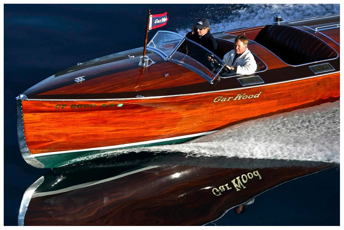 Nice Vintage Wooden Speed Boat Riva Italian Or Criss Craft