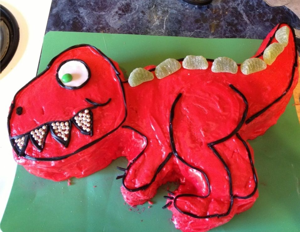 Easy t rex cake for kids food pinterest cake easy for How to make a dinosaur cake template