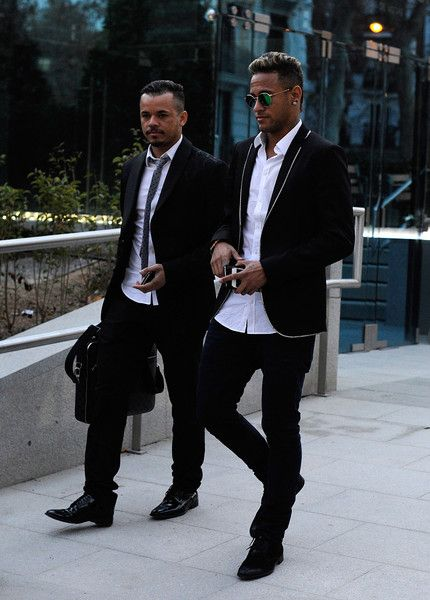 188c3ee8 Neymar Photos - Neymar at National Court on FC Barcelona Fraud  Investigation - Zimbio