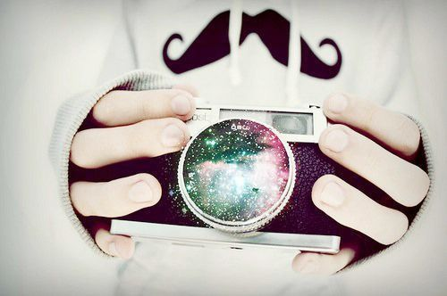 Imagen de camera, mustache, and galaxy
