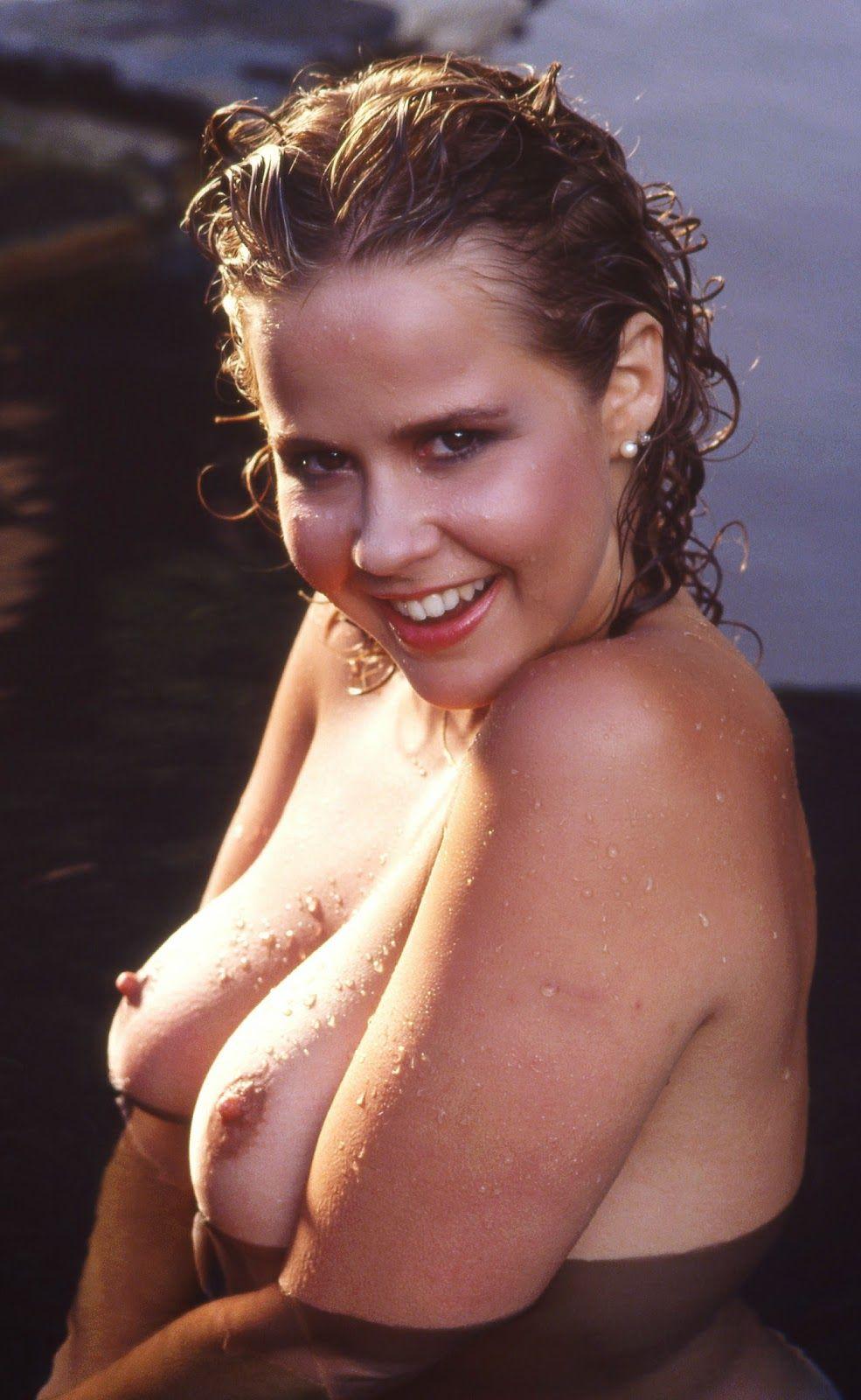 free-linda-blair-nude-images-titjob