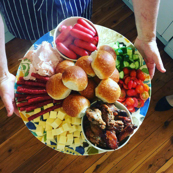 Over the years of being down here and hosting visitors for various meals at our home, there's one thing I have gotten good at: feeding crowds of people. While having your entire family over for Christmas lunch, or a christening or birthday party can seem entirely overwhelming, if you keep it simple, you can feed …