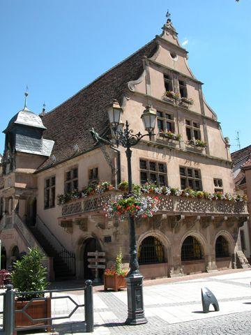 La Metzig, Construite en 1583 par la confrérie des bouchers, cet édifice était autrefois leur lieu de réunion. Aujourd'hui elle sert de salle d'exposition.