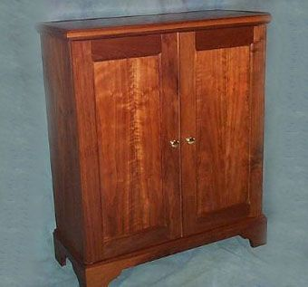 black walnut liquor cabinet crafted in a traditional style with itu0027s graceful lines will enhance any decor five coats of oilurethane varnish will pru2026