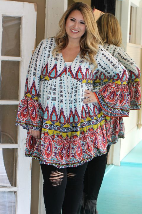 fb2a61034d9 Something To Say Paisley Print Tunic With Bell Sleeves ~ Off White ~ Sizes  10-16