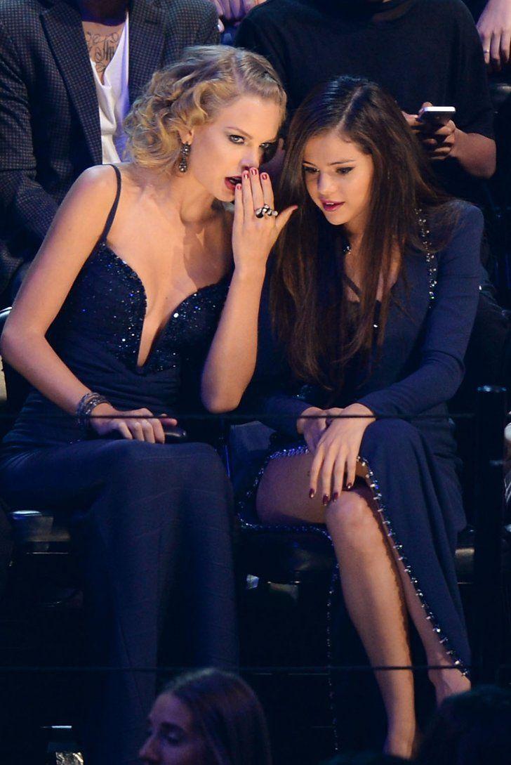 er Selena dating noen 2013 vertel Wat over jezelf dating