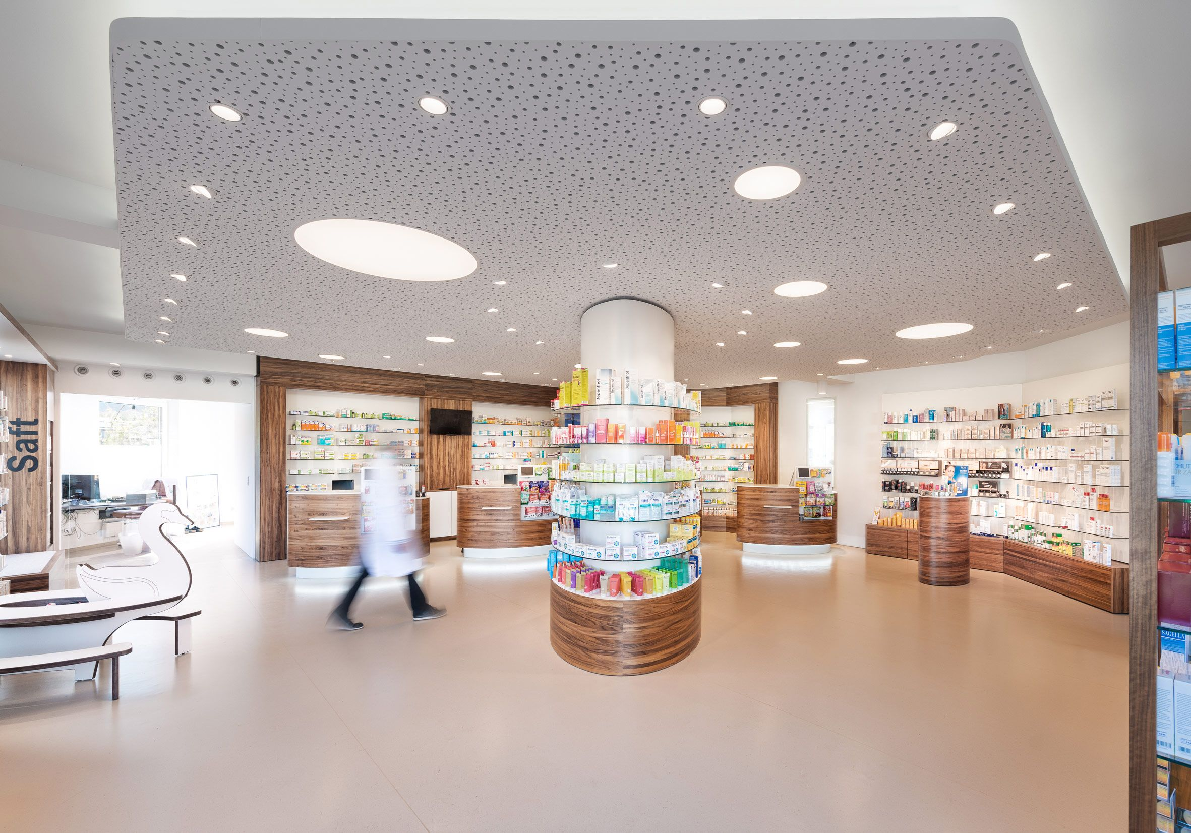 PRODUCTS: OIKO + SIGN / SCHWANEN-APOTHEKE BAD MÜNSTEREIFEL, GERMANY / Lighting: PROLICHT GmbH, Götzens, Austria #PROLICHT