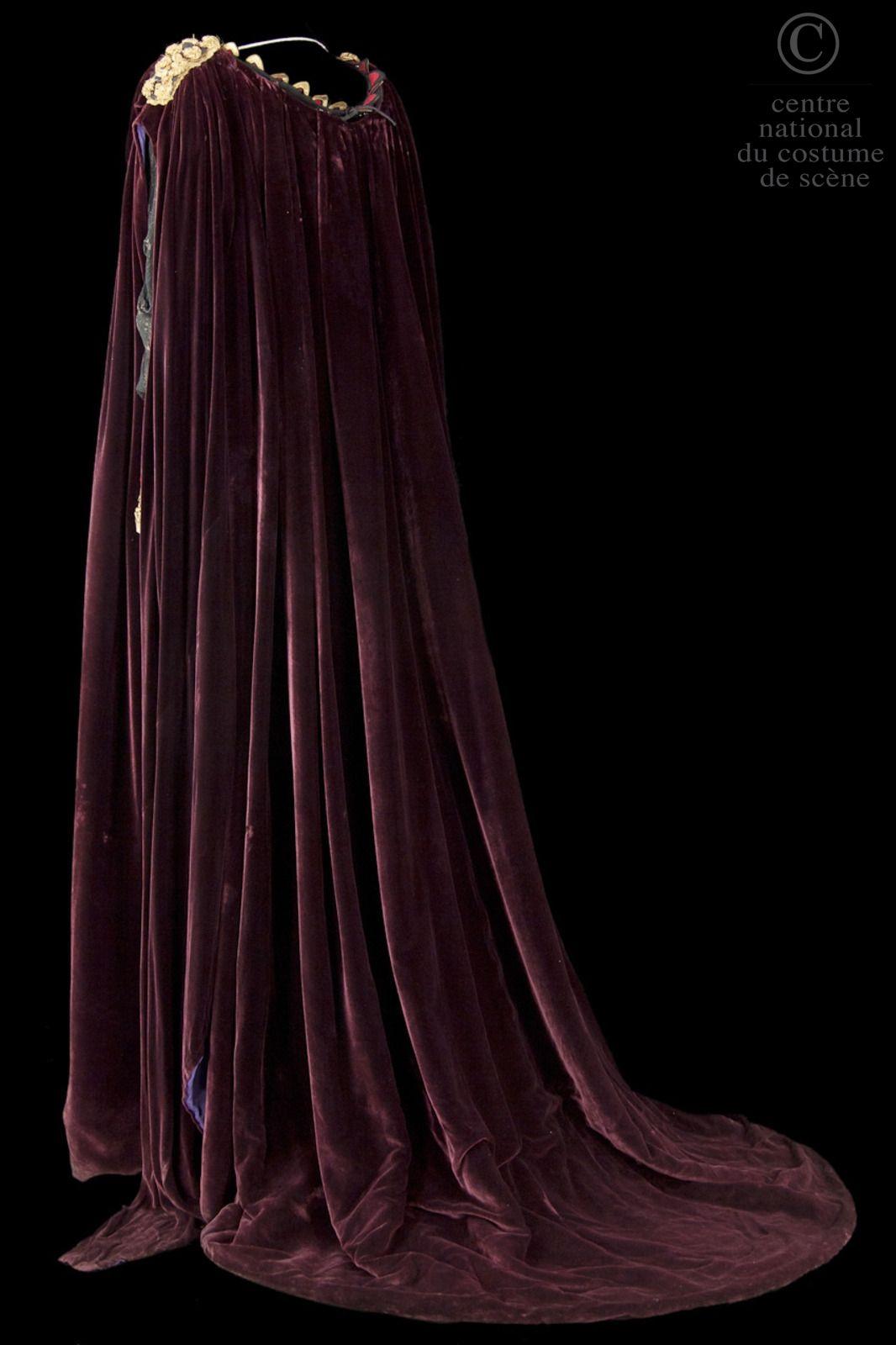 Costume designed by Francine Gaillard-Risler for Annie Ducaux in the 1961 production of Jean Racine's Britannicus  From the Centre National du Costume de Scene