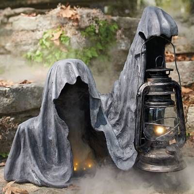 Outdoor Halloween Decorations That Turn Your Yard Into a Haunted Hellscape