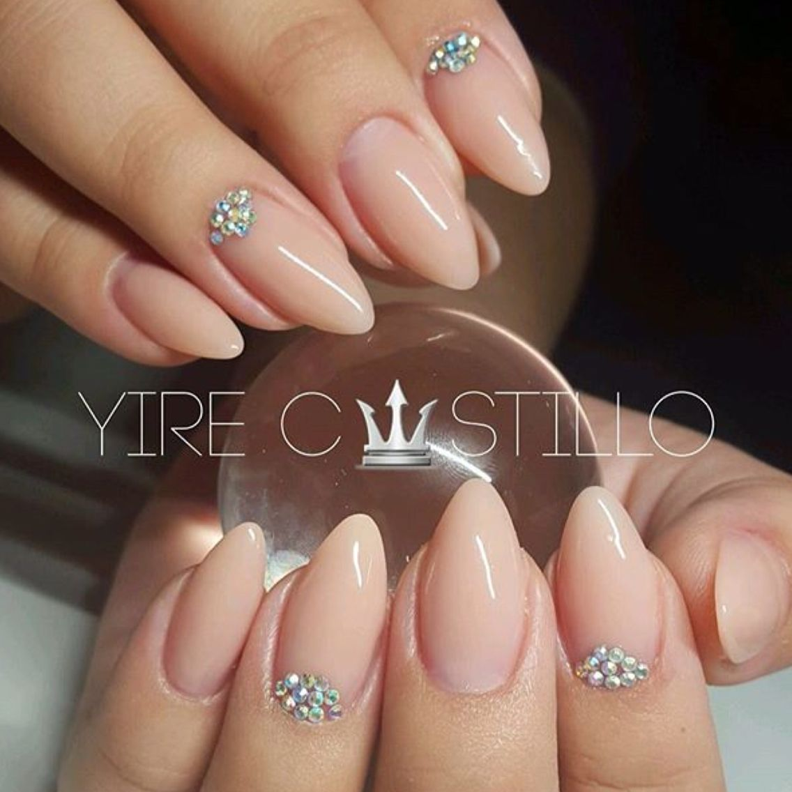Nude pointed | NAILS | Pinterest | Nagelschere, Fingernägel und ...