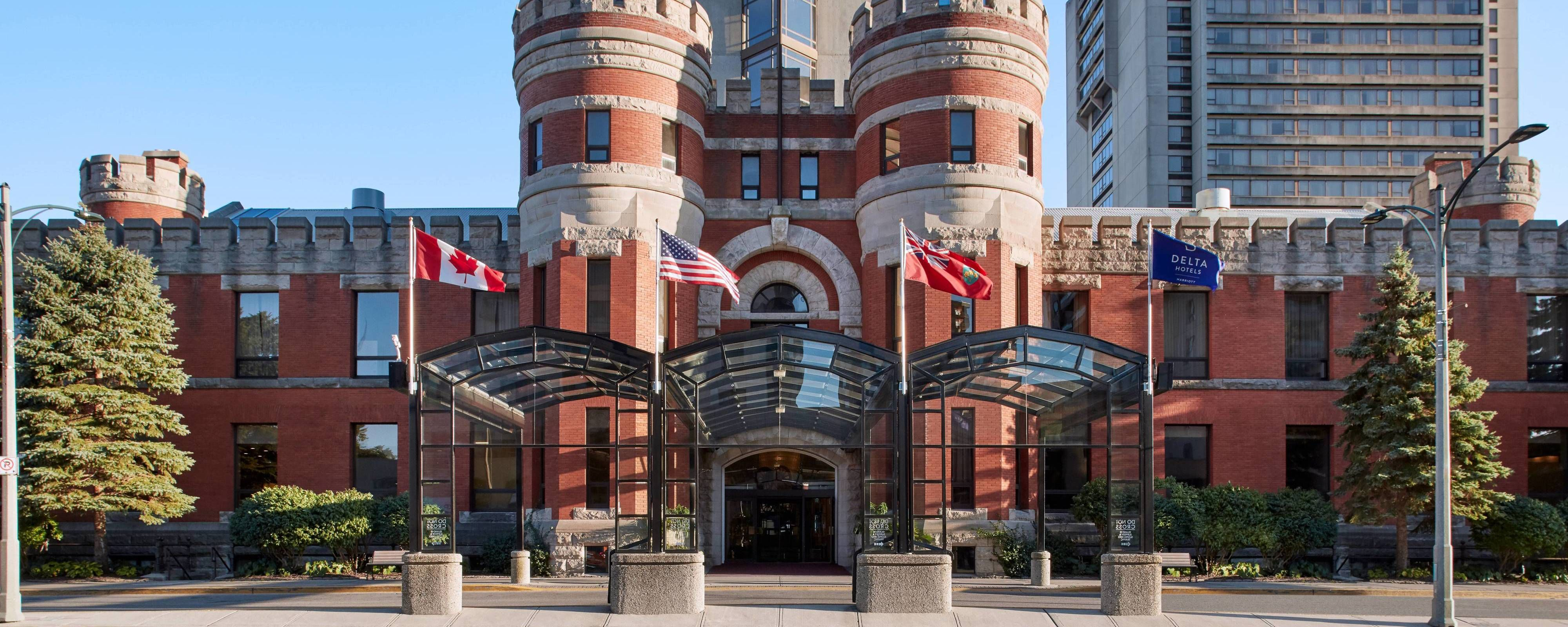 Experience Our Historically Designed Hotel In Downtown London Ontario You Ll Find An Indoor Pool Lounge And Fitness Cent London Hotels Hotel Marriott Hotels